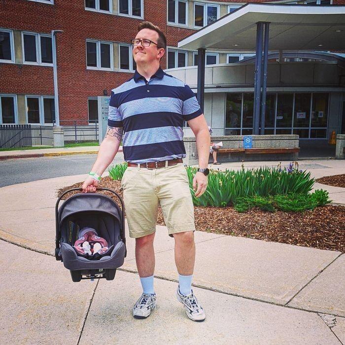 49. «Недавно я стал отцом. Первым, что я подготовил, был «отцовский наряд» для поездки домой»
