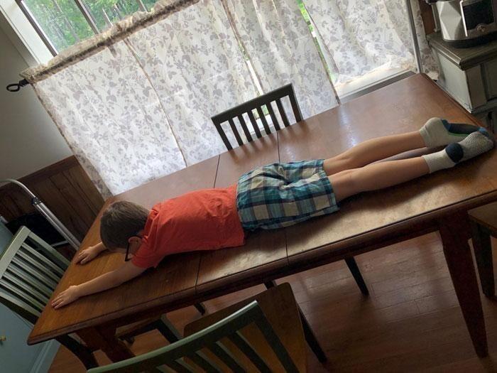 40. «Я спросила мужа, какая у стола длина. Вот что я получила»
