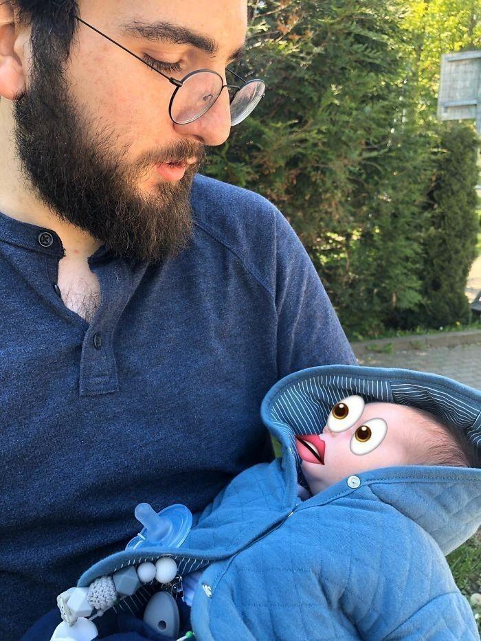 18. «Жена не хотела, чтобы наш новорожденный засветился в соцсетях, и попросила меня прикрыть ему лицо. Думаю, понятно, что больше она просить меня не будет»