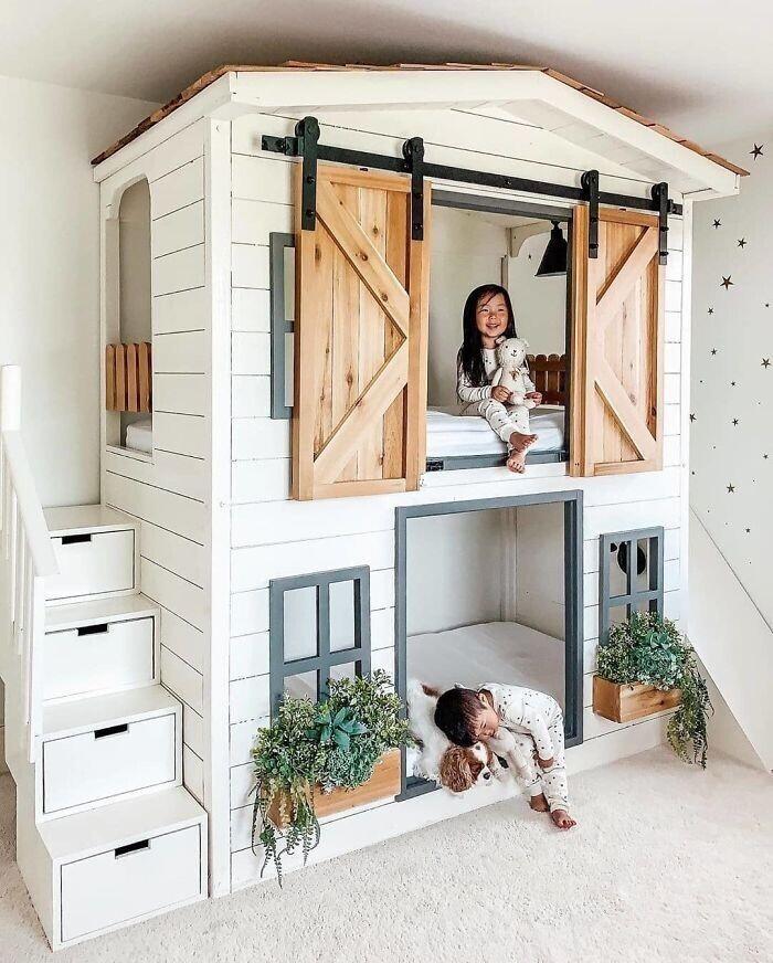 1. Двухъярусная кровать для детской