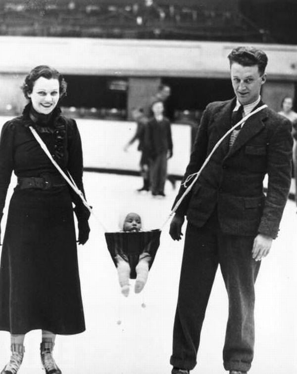 Сегодня у нас есть слинги, рюкзаки и прочие приспособления для младенцев. А вот как их носили раньше