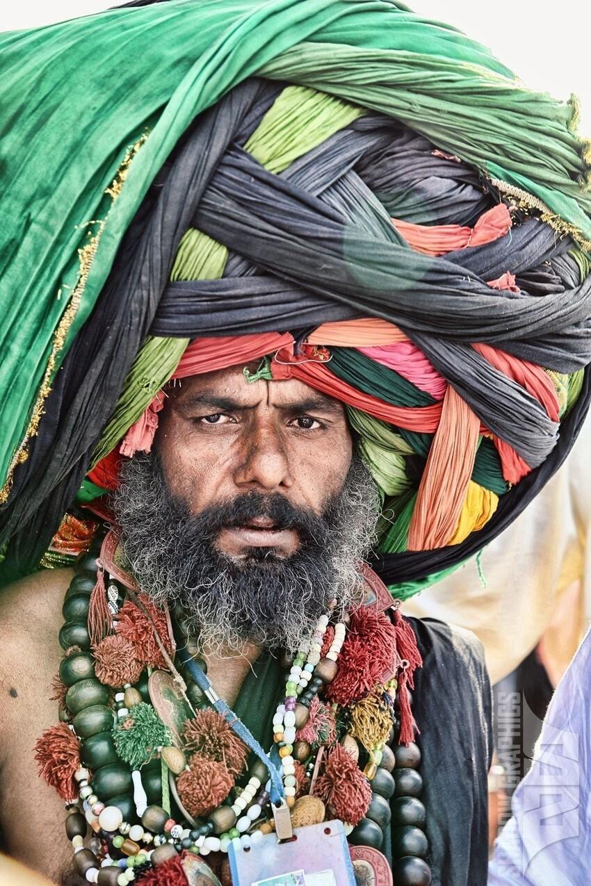 Знали вы, что тюрбаны носят представители одной из национальных религий Индии - сикхизма
