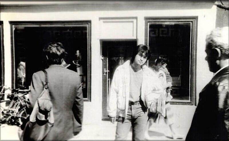 Возможно, это последнее фото Виктора Цоя. 13 августа 1990г. За 2 дня до трагедии.