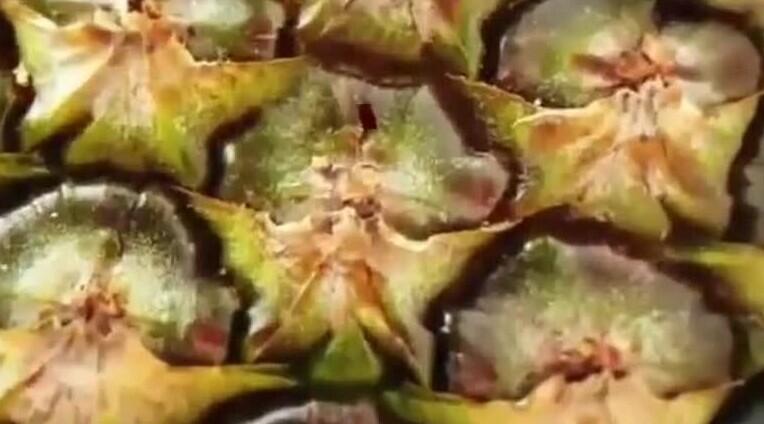 Уже и ананас обозвали дьявольским отродьем