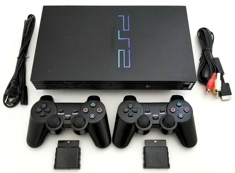 Вышла игровая приставка Playstation 2