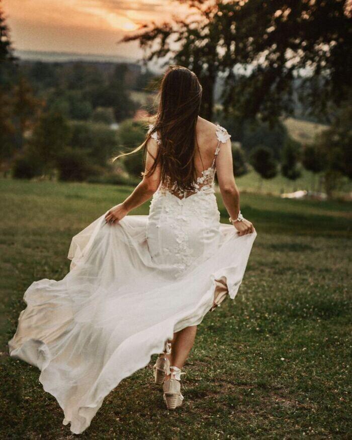 """""""Обожаю свое свадебное платье! Оно самодельное"""""""