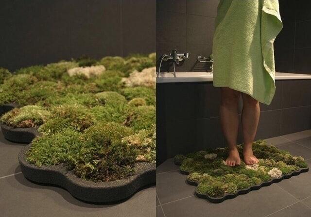 Мягкий коврик для ванной, который растет благодаря воде, которая попадает в него
