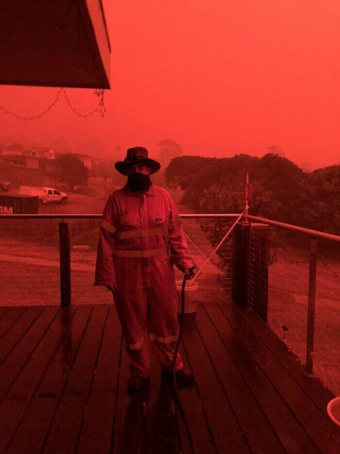 """""""Никаких фотофильтров. Просто Австралия вся красная из-за лесных пожаров"""""""