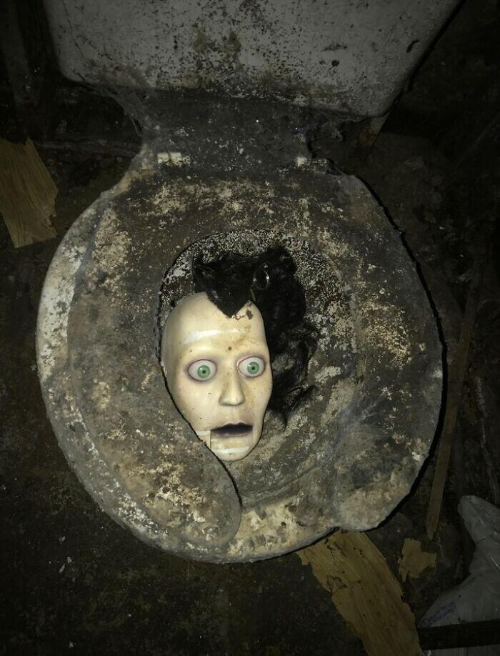 """""""Я подрядчик. Купил заброшенный дом под ремонт. Это было в подвале. Что. За. Хрень?"""""""