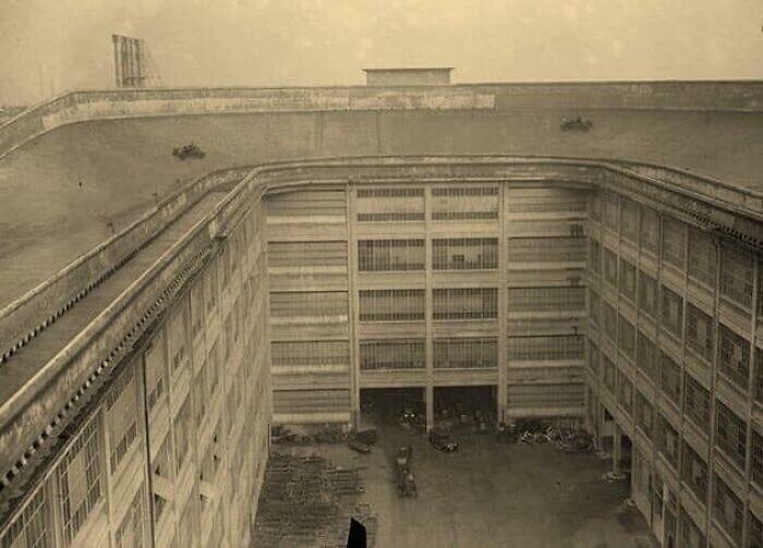 В 1929 году у компании Fiat был испытательный трек на крыше собственного завода