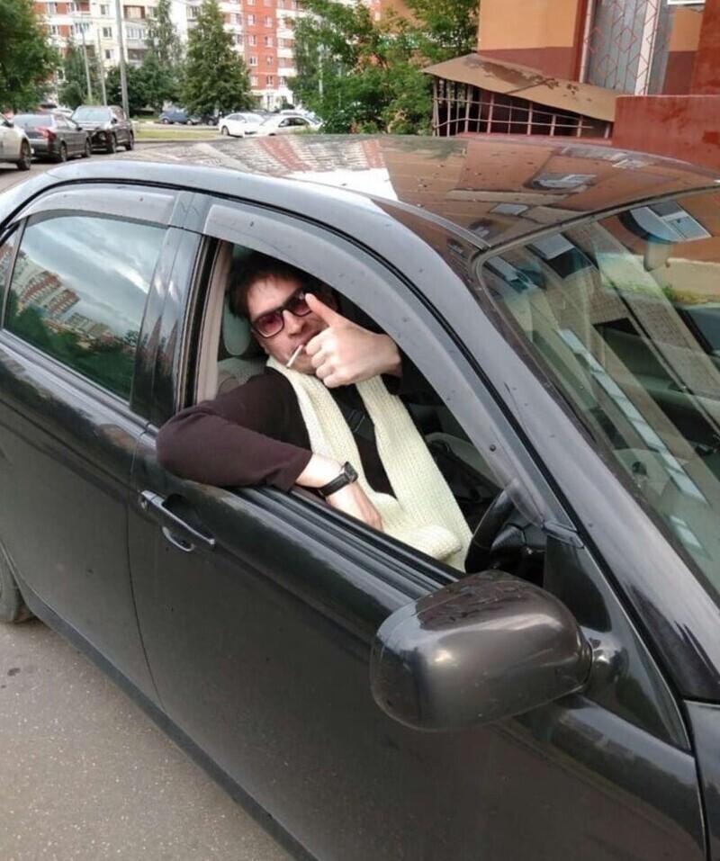Москвич ищет брюнетку для поддельной романтической фотосессии