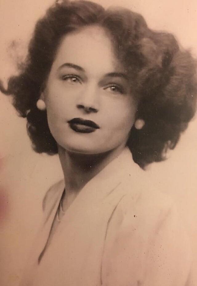 """""""Моя бабушка после Второй мировой войны"""""""