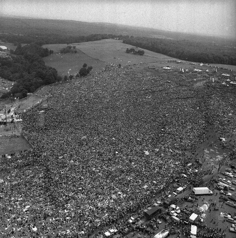 Так выглядит скопление 400 тысяч человек. 1969 год, фестиваль Вудсток