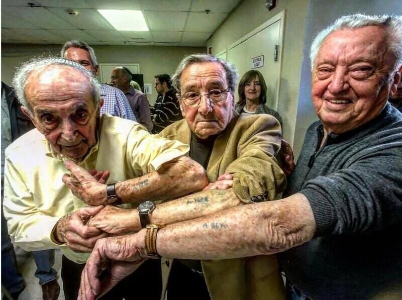 Встреча оставшихся в живых узников лагеря смерти Аушвиц