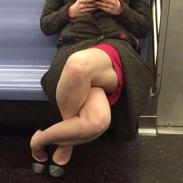 Интересно, ей удобно?