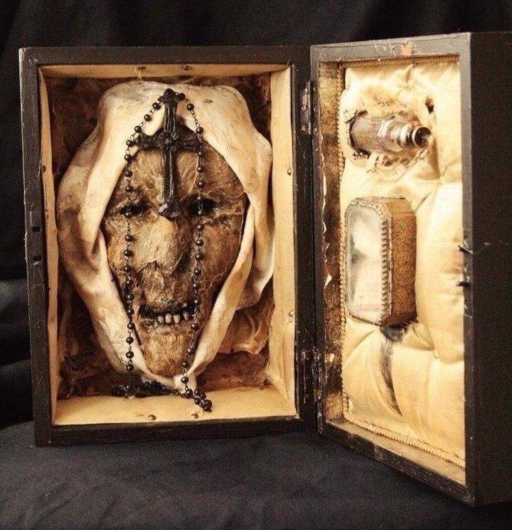 Мумифицированная голова немецкой монахини Марии Розенталь, XVIII век. Чем известна?
