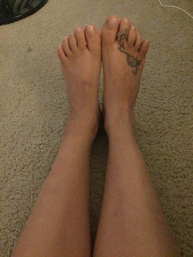 «У моей девушки ноги разного размера»