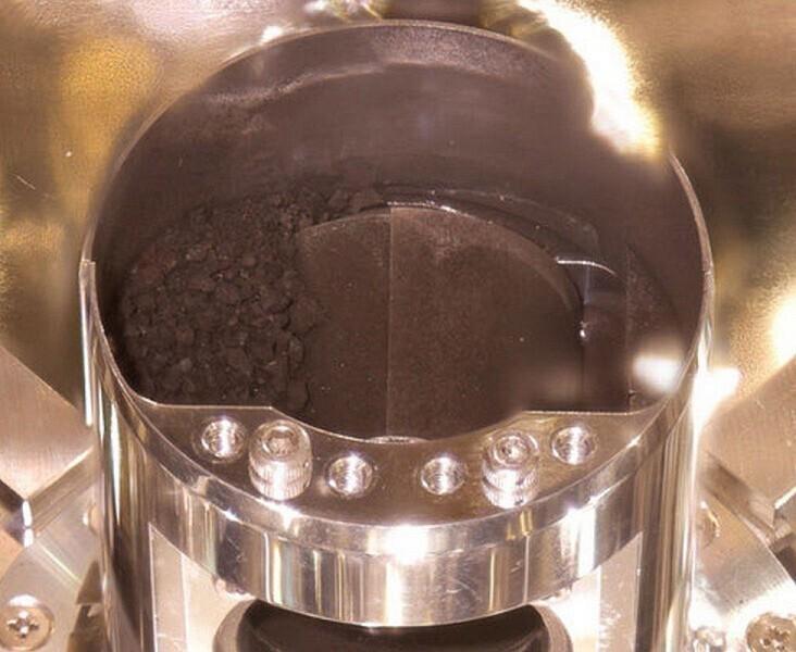 «Хаябуса-2» привезла капсулу с тайнами астероида Рюгу