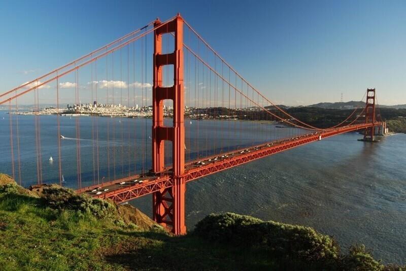 Население Калифорнии больше, чем население всей Канады