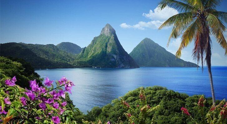 Сент-Люсия - единственная страна в мире, названная в честь женщины