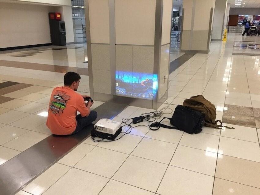 Гений в аэропорту