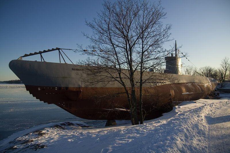 Законсервированная подлодка у крепости Суоменлинна (Финляндия)