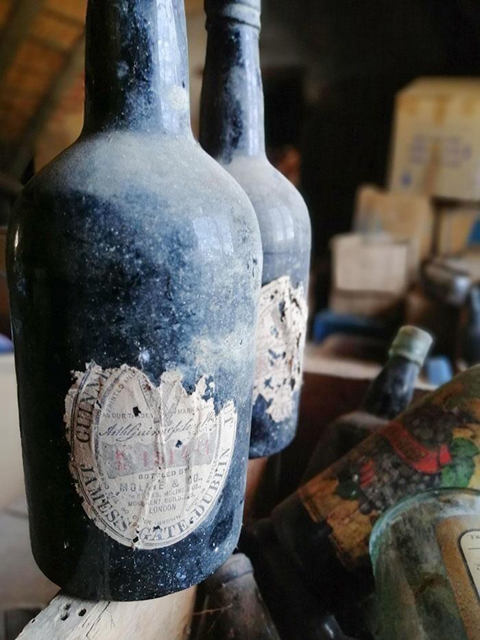 """""""Нашел на чердаке две бутылки Гиннесса примерно 1874 года"""""""