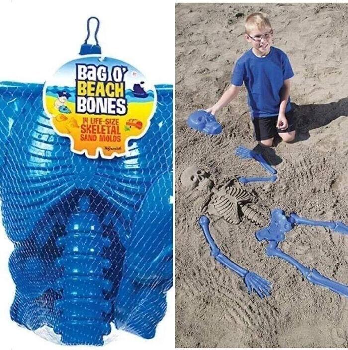 Кто-то строит песочные замки - а вы можете делать песочные скелеты!