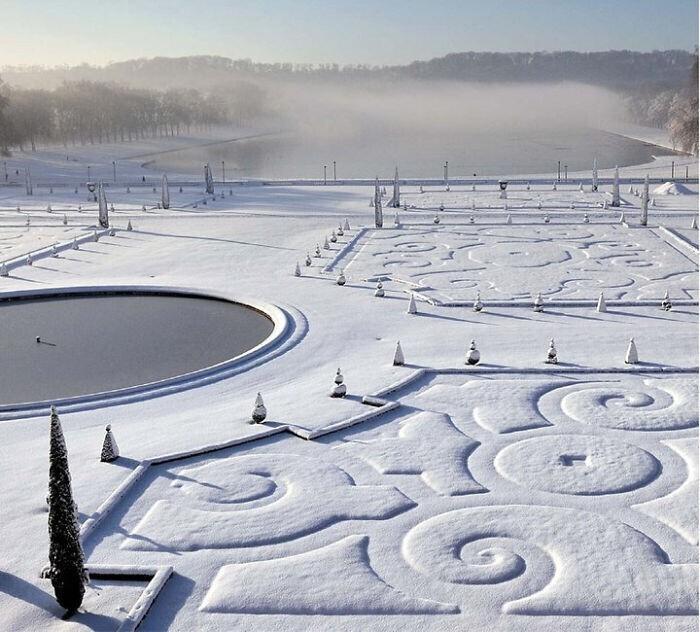 Заснеженный Версаль