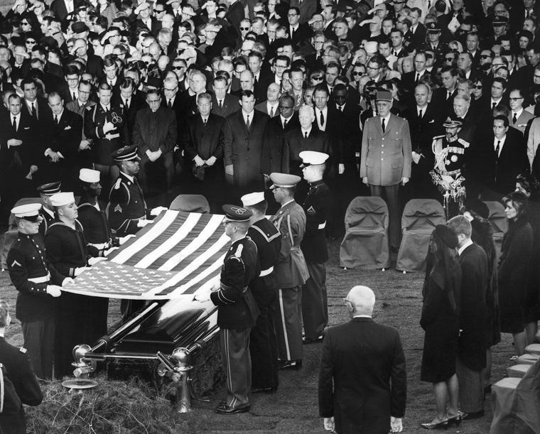 Похороны Джона Кеннеди - 15 миллионов долларов и процессия в 800.000 человек