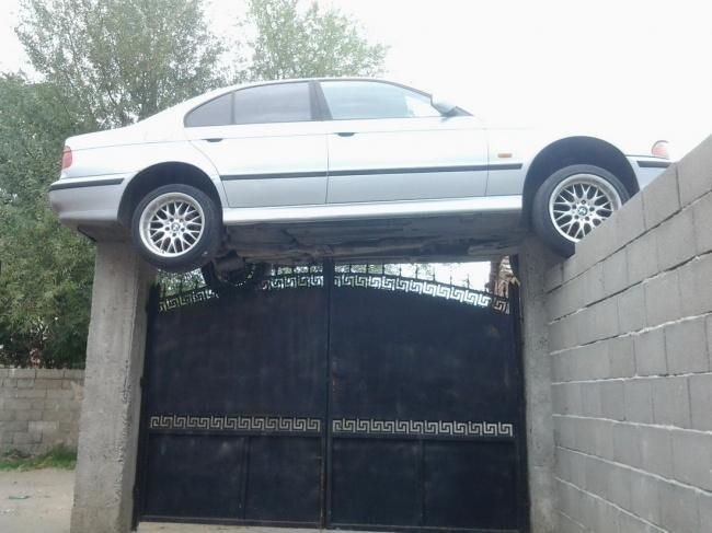 На этой машине ездил супергерой, или наоборот