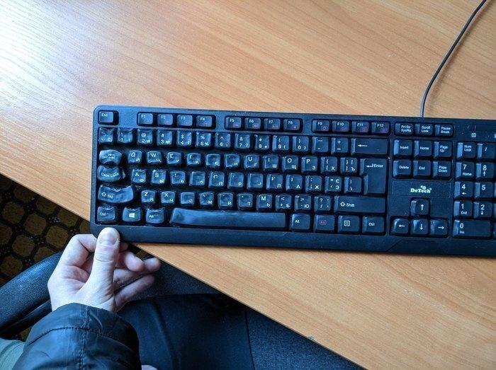 Дай хорошему человеку клавиатуру, и он её...