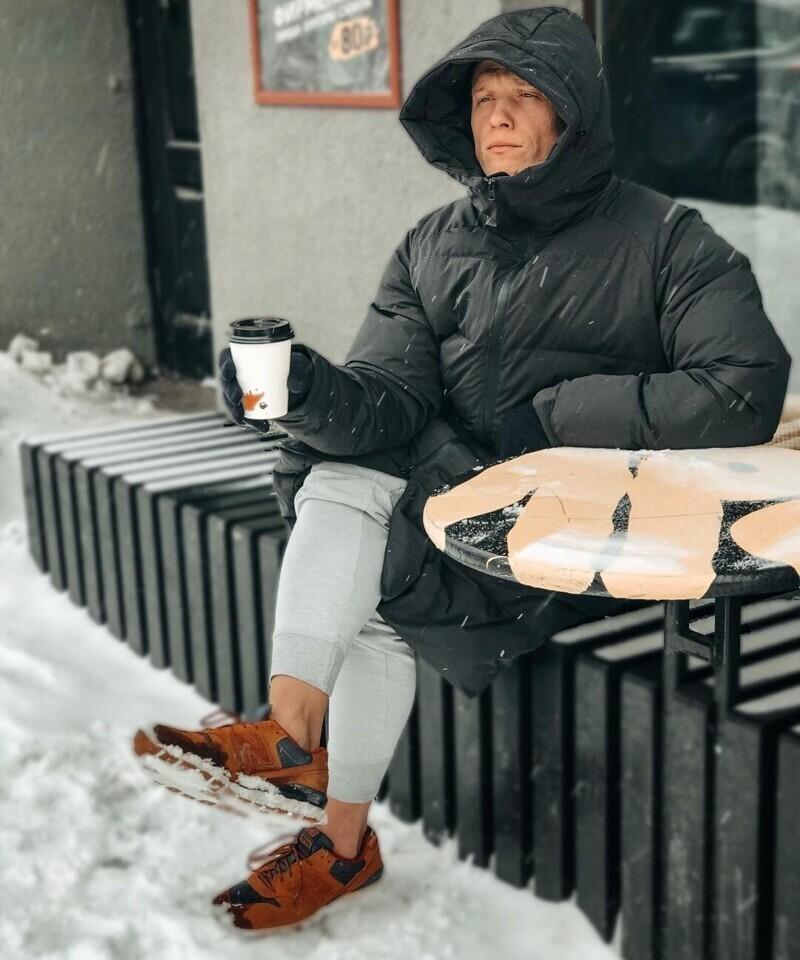 Морозить лодыжки - не самая лучшая идея. Это грозит не только обморожением, но и обострением хронических заболеваний на фоне переохлаждения, снижением иммунитета