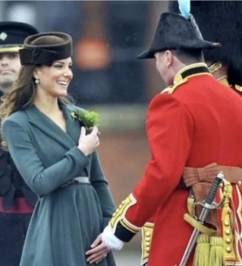 Ай, ай, а еще королевские особы