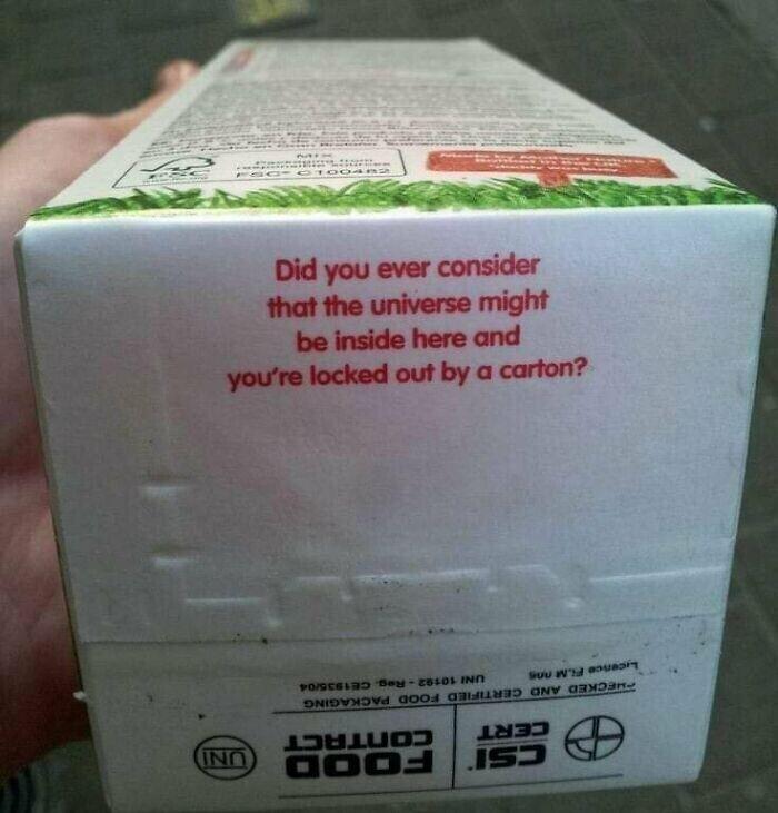 Тот неловкий момент, когда пакет молока дает тебе урок философии