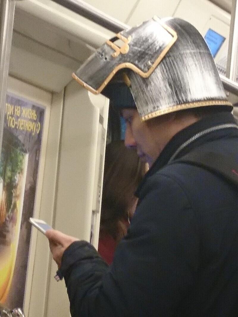 В московском метро можно встретить кого угодно