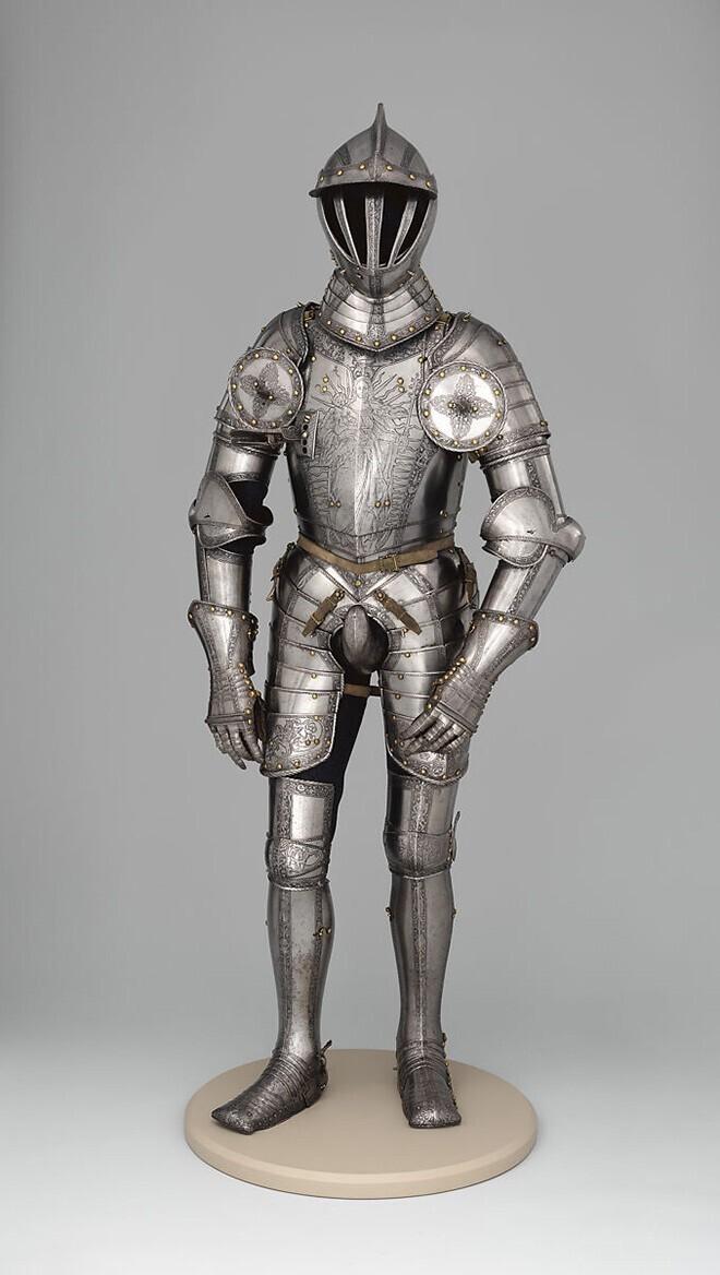 Пикантная деталь мужских нарядов