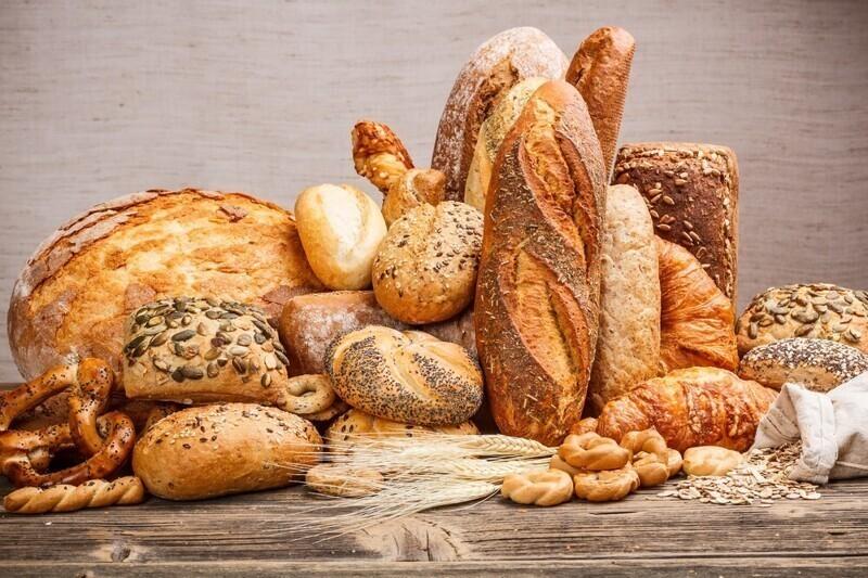 Очень много хлеба