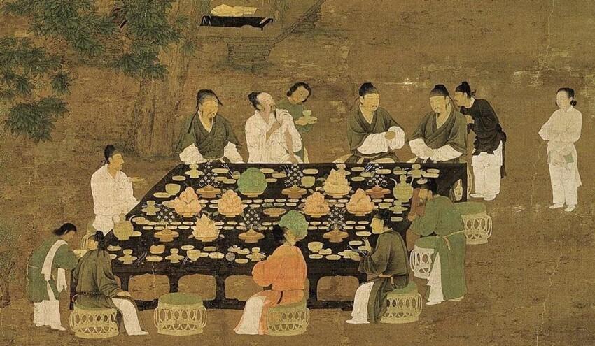 Главного повара Императора могли казнить за неправильную подачу еду (не в том порядке, не того вида, цвета и т.п.)