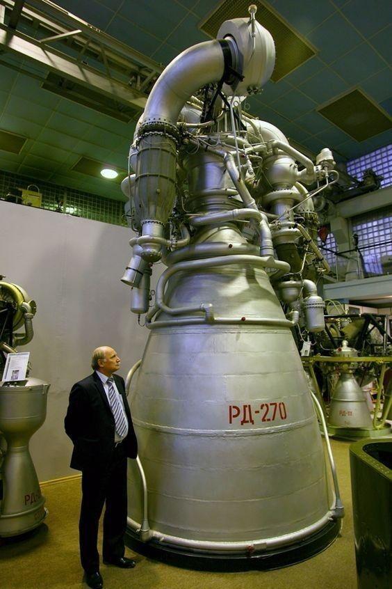 Российский однокамерный гигант РД-270, который разрабатывался для лунной программы,
