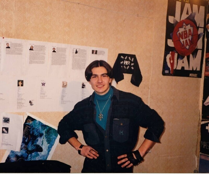 Одевались как могли: парни лихих 90-х