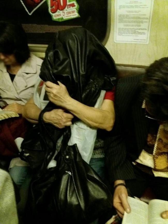 Общественный транспорт можно выдержать только так