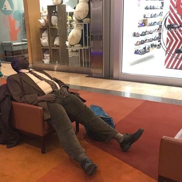 Мужские страдания на шоппинге