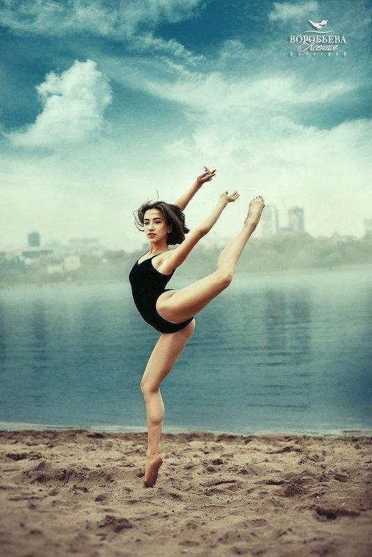Участница 2-го сезона шоу «Танцев на ТНТ» Ксения Воробьева - 15 000 долларов