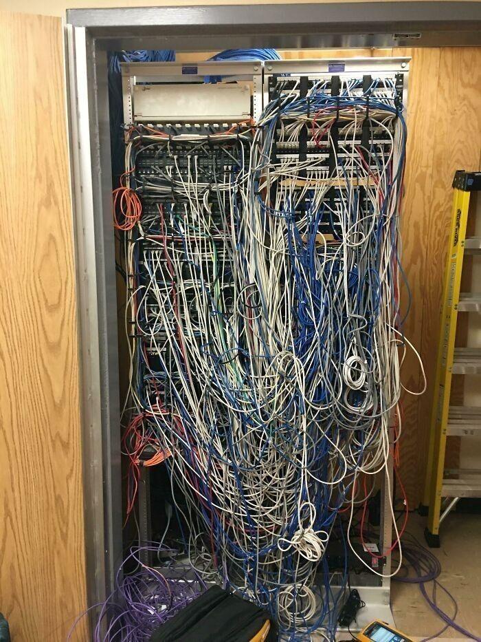 """""""В моей больнице периодически проблемы с сетью... Я наконец-то заглянул за кулисы"""""""