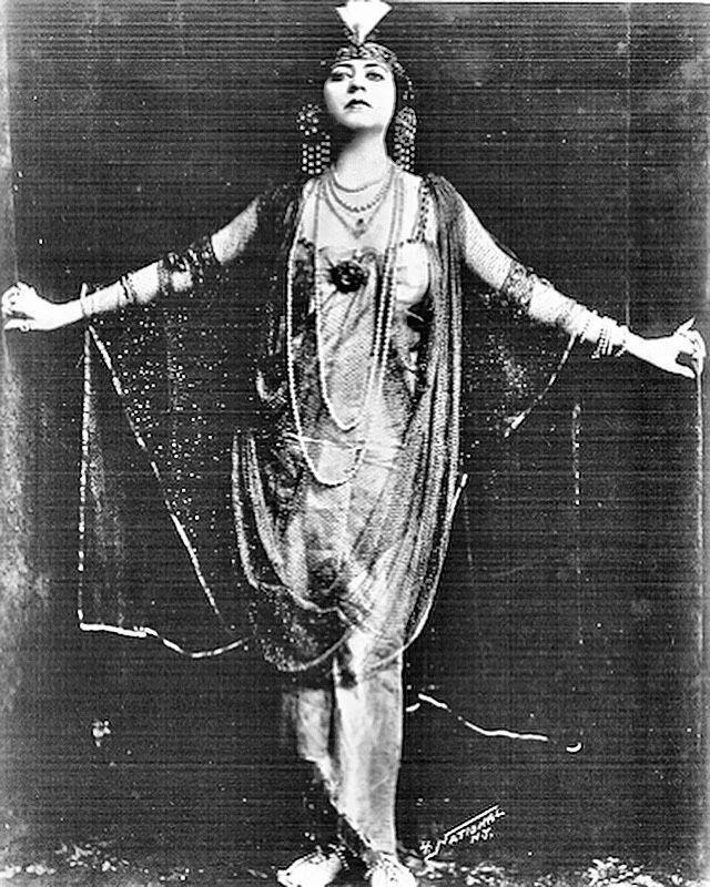 Хелен Гарднер, 1912
