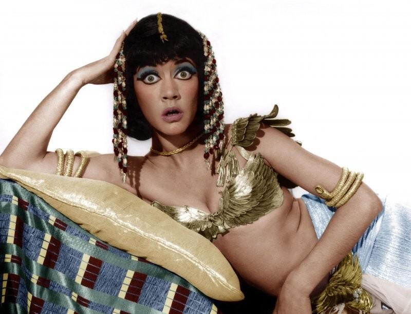 Аманда Бэрри, «Так держать, Клео!», 1964