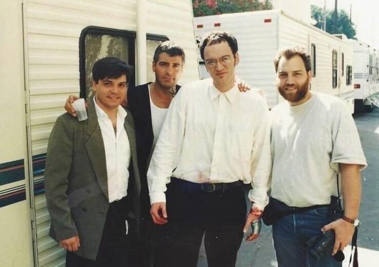 """4. Джорж Клуни и Квентин Тарантино на съемках фильма """"От заката до рассвета"""", 1995 год"""