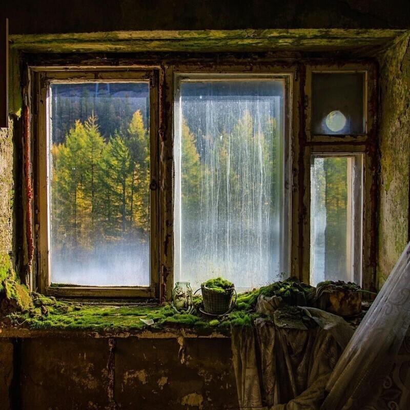 Заброшка: грустные снимки с бескрайних российских просторов