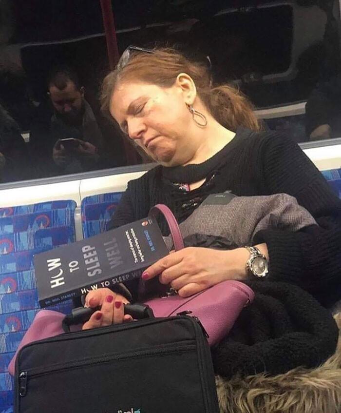 """Название книги - """"Как хорошо спать"""""""